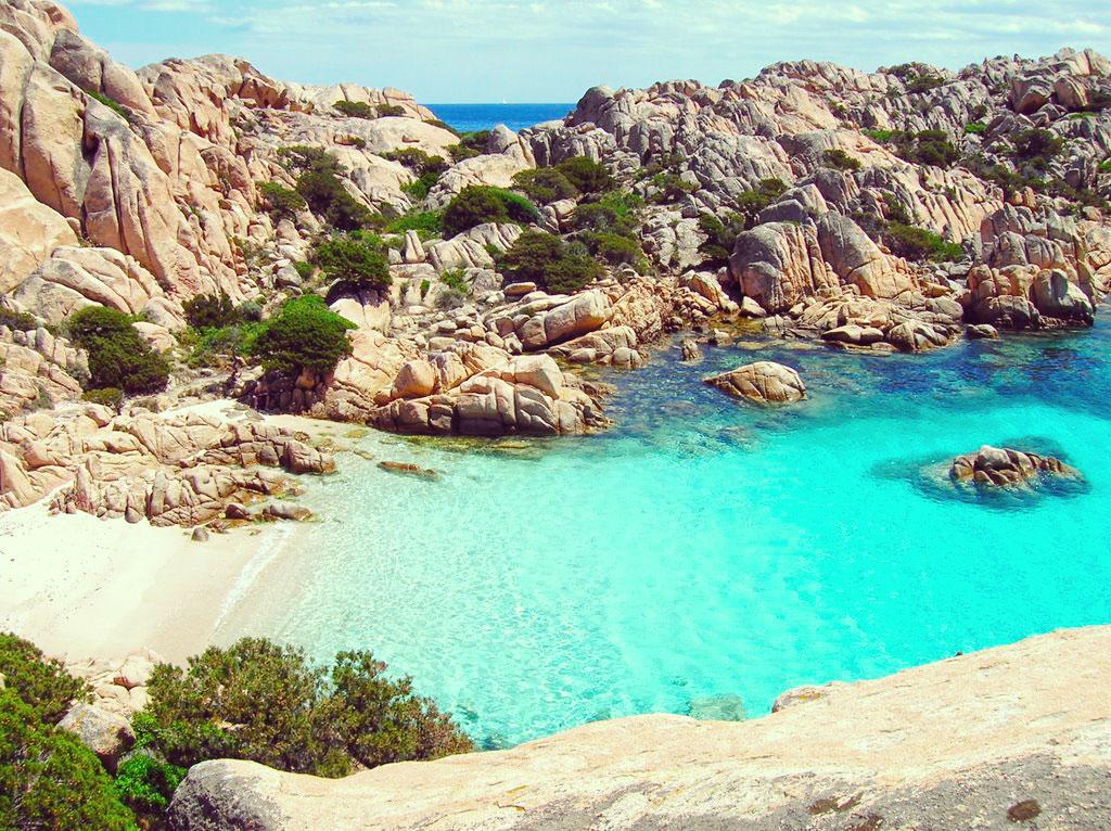 Coticio Bay, Sardignia Corsica Sailing