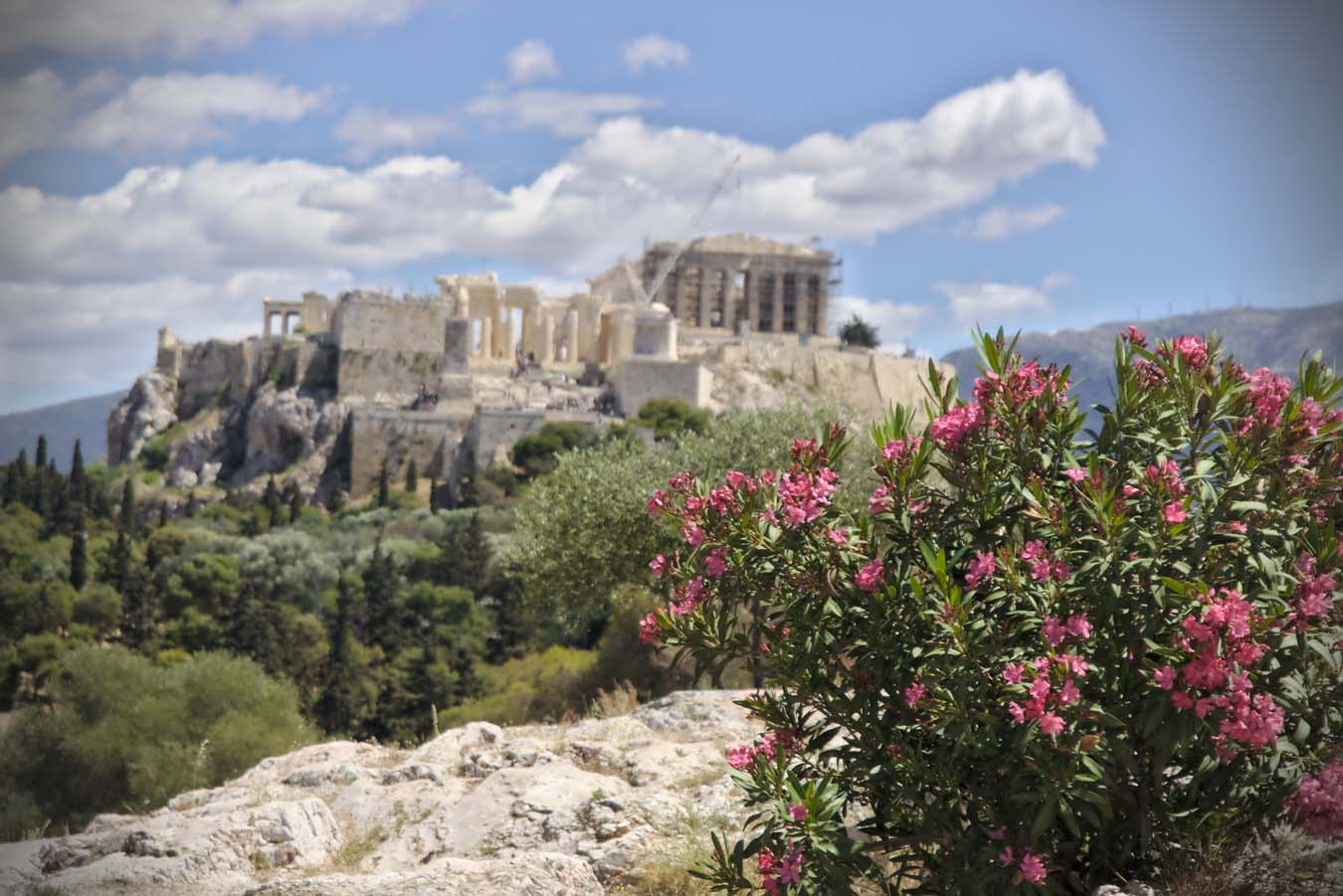 Sailing in Greece. Acropolis.