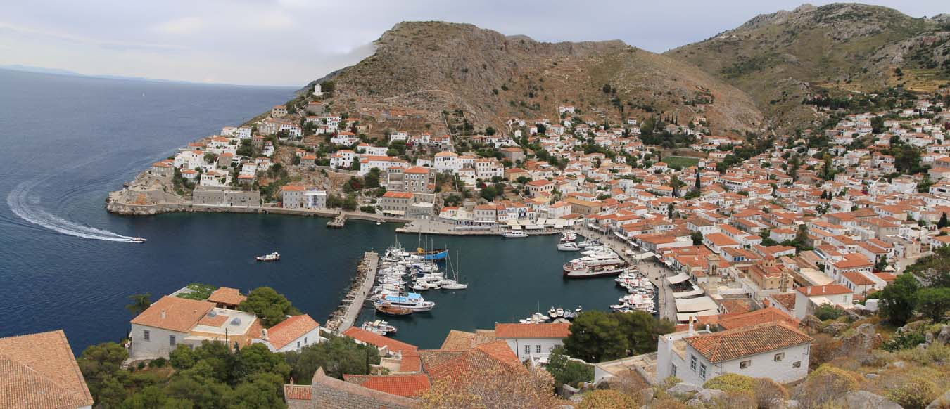 Sailing in Greece. Hydra Old Town.
