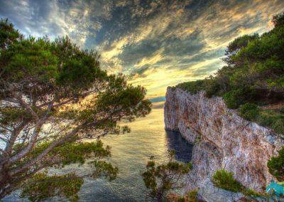telascica-park-cliffs-at-mir-bay-900