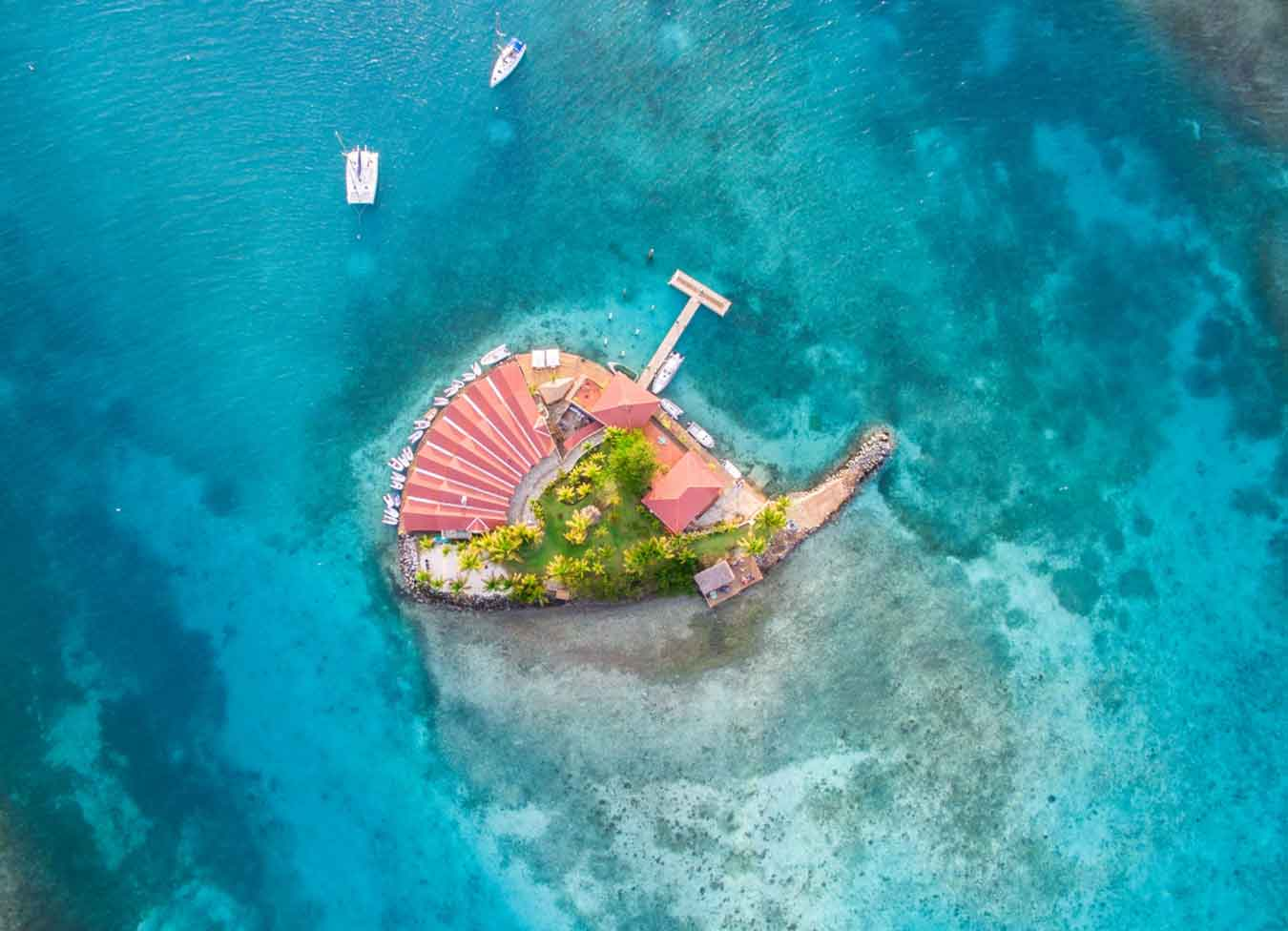 Cafe at Saba Rock, Virgin Gorda, British Virgin Islands, Sailing Holidays in the Caribbean