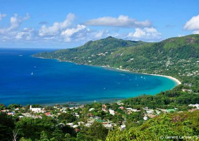 Mahe, Bay of Beau Vallon, Sailing Holidays in Seychelles