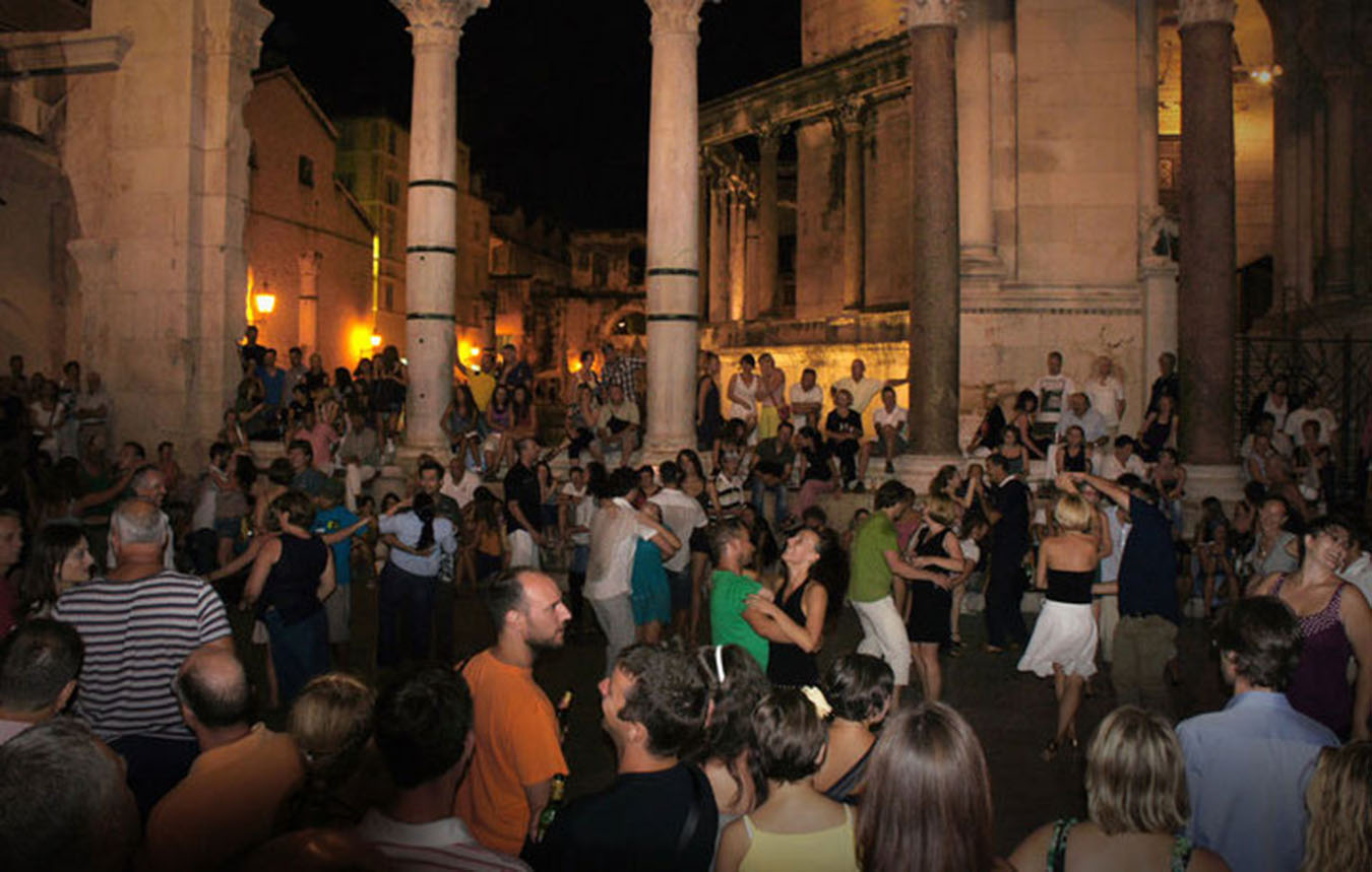 People dancing on plazza near Diocletians Palace